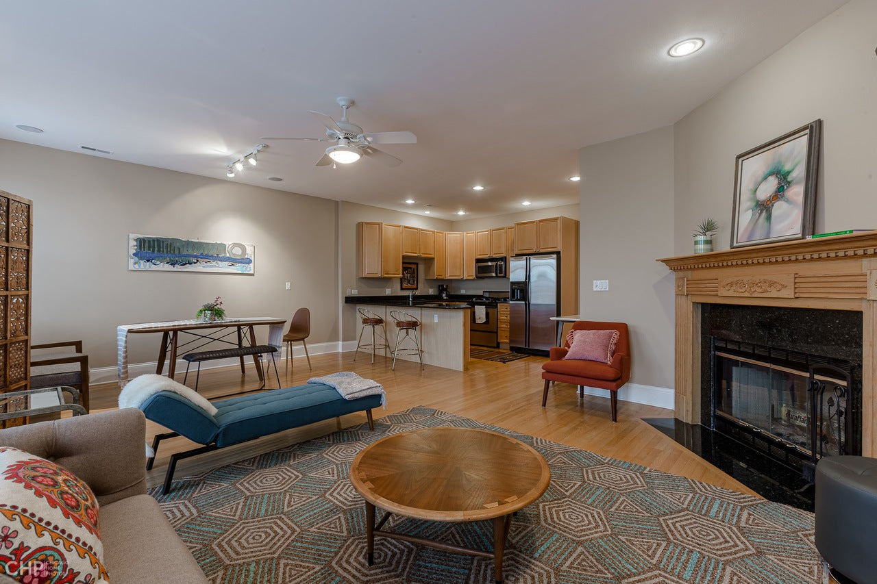 See stagings for more Lakeview apartments Chicago and other homes for sale.