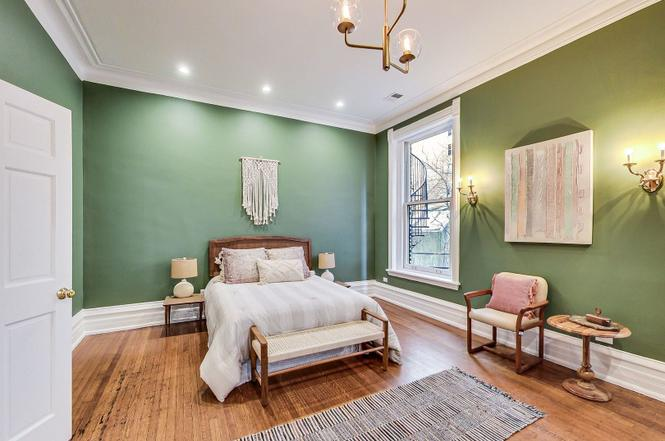 Home staging by Eskell provides market tools for real estate in Chicago.