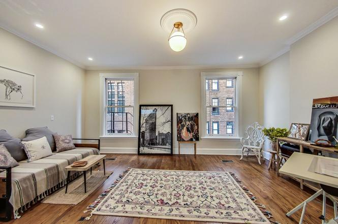 Staging Gold Coast homes for sale requires a reverence for Chicago architecture and history.
