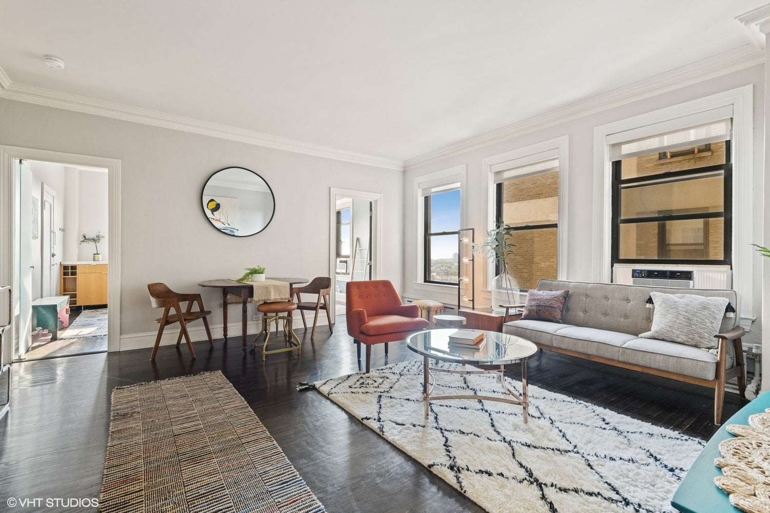 See Chicago lakefront apartments for sale and more from Eskell home staging Chicago.