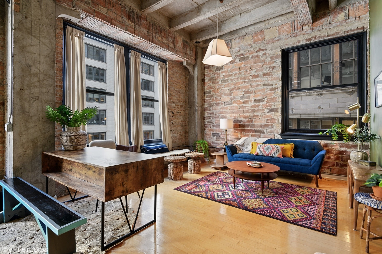See more of Eskell's real estate staging and staging tips for the Chicago real estate market.