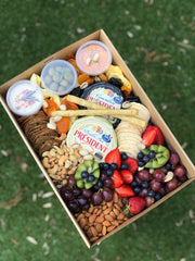 Medium Grazing Box (2 - 4 People) V, GF, K options