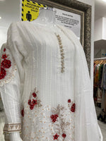 Load image into Gallery viewer, White Roses Ladies Suit