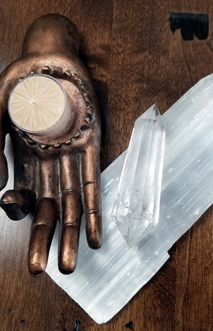Polished Gemstones - Clear Quartz Vogel Cut Wand