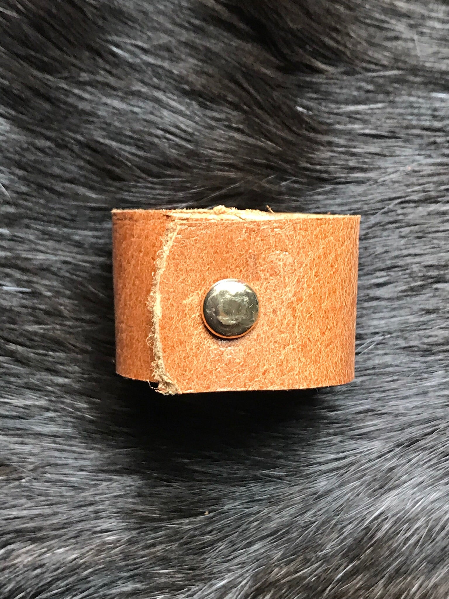 Uno Leather Ring