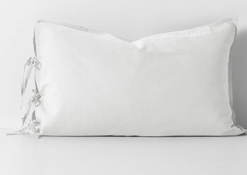 Maison Vintage White Standard Pillowcase (Aura Home)