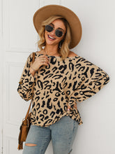 Load image into Gallery viewer, Leopard Boat Neck Oversized Tee