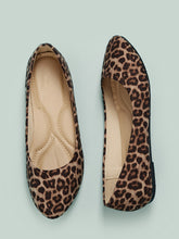 Load image into Gallery viewer, Almond Toe Leopard Print Ballerina Flats