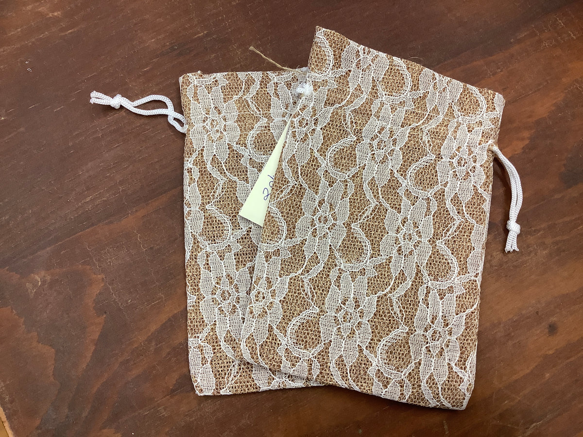 Burlap and lace 2pk gift bags