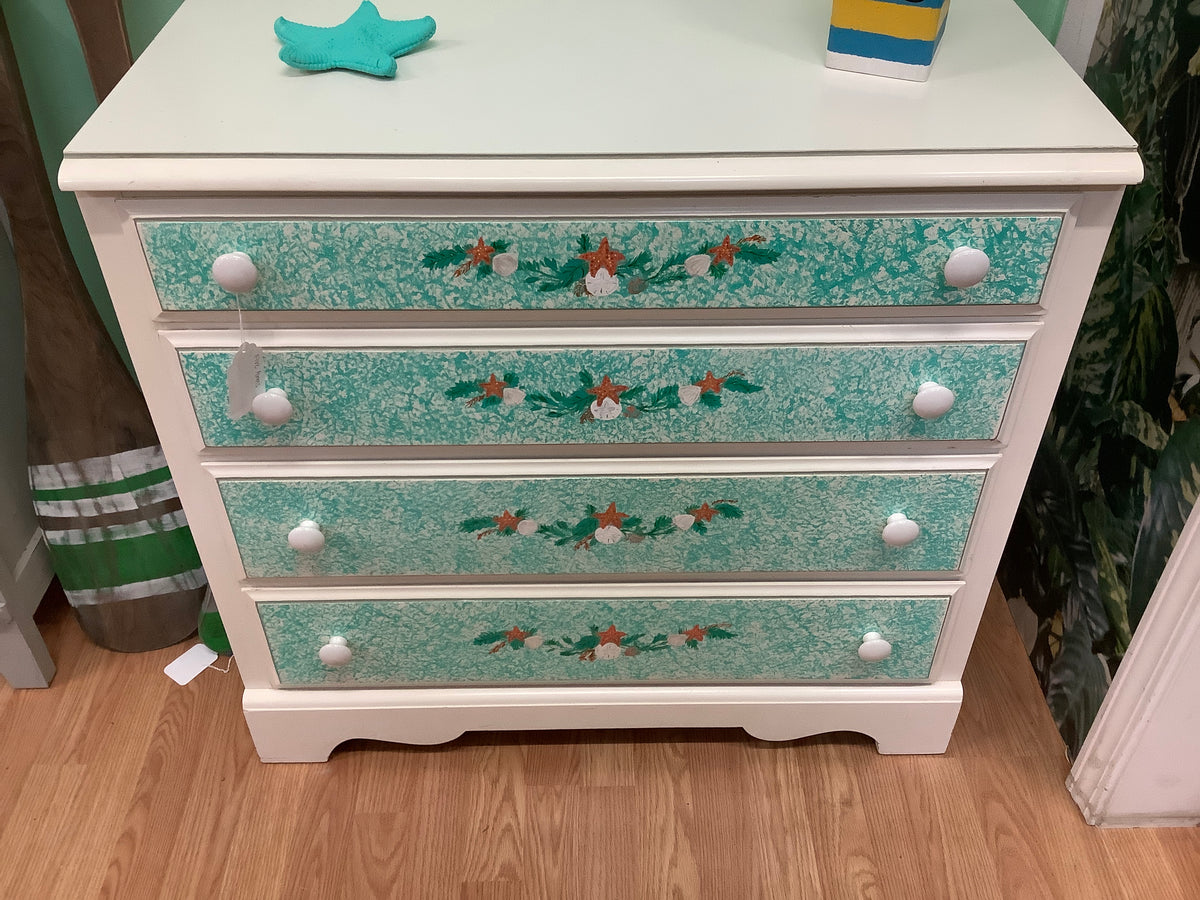 Small chest of drawers white with sand dollars