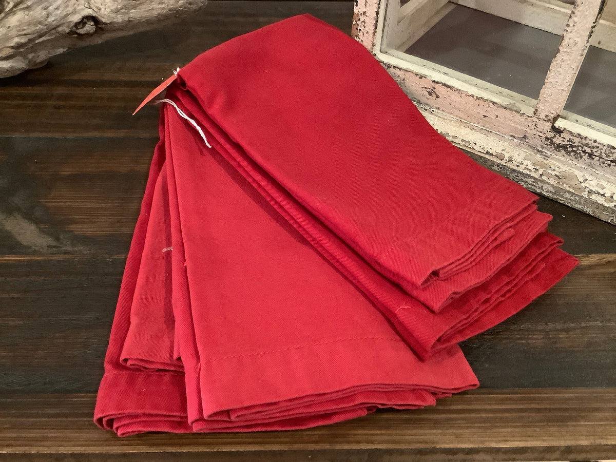 Set of 5 Red napkins
