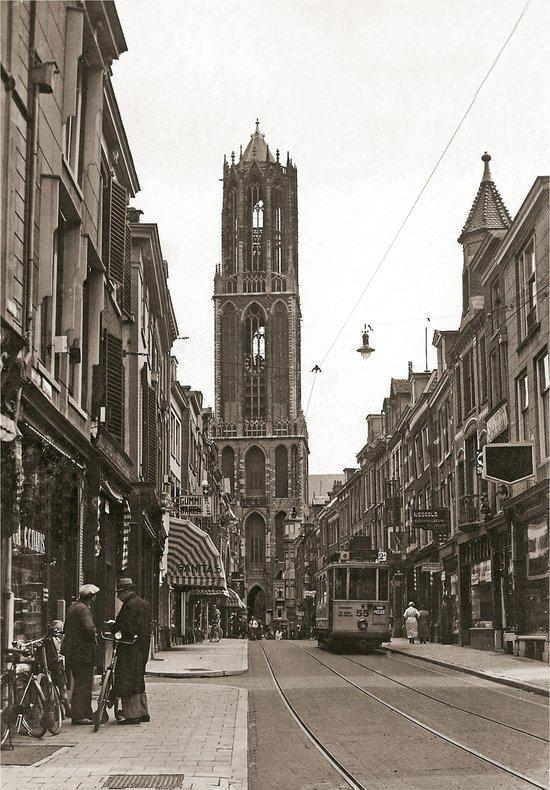 Zadelstraat ca. 1935 - Catch Utrecht