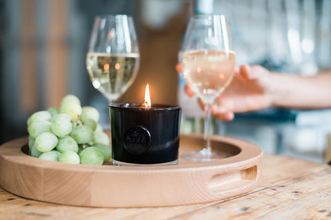 etuHOME Wine Candle
