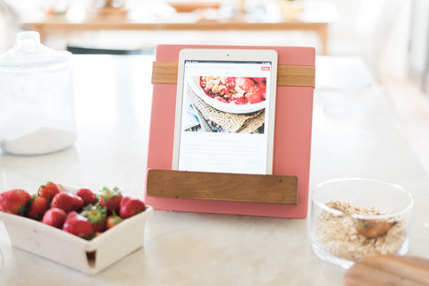 Pink Mod iPad/Cookbook Holder