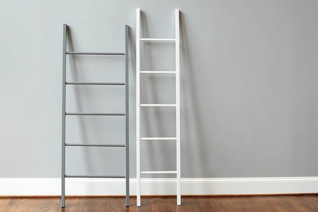 etúHOME White Iron Ladder 1