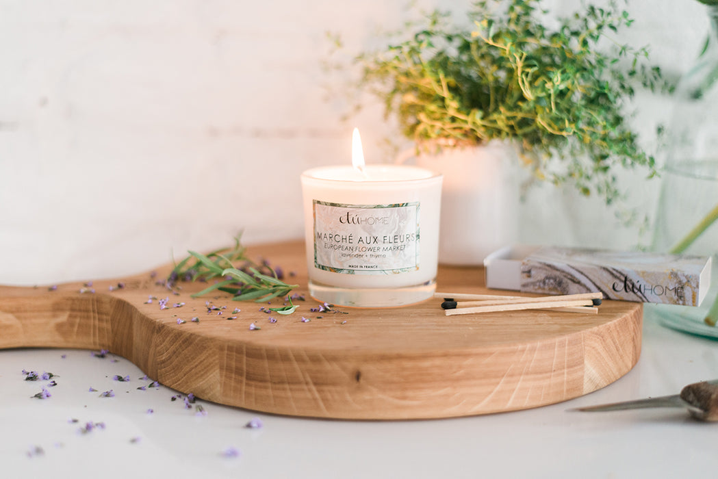 etúHOME Flower Market Lavender and Thyme Candle -3