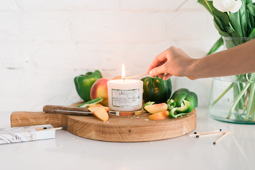 etúHOME Farmers Market Peach and Bell Pepper Candle -2