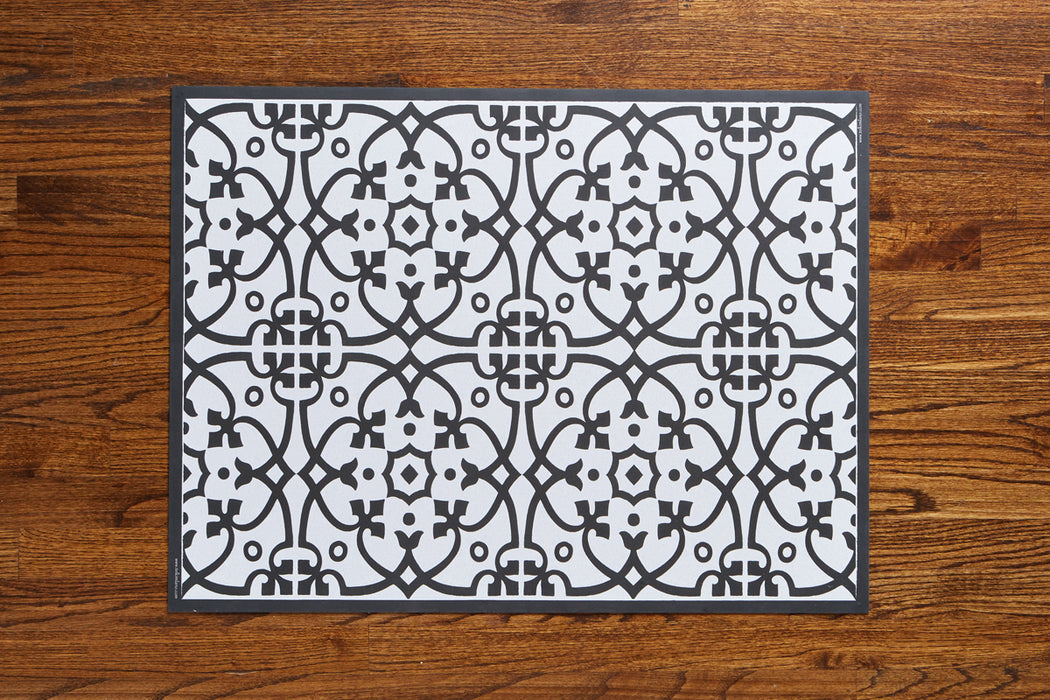 etúHOME Black Liberty Rug, Small 4