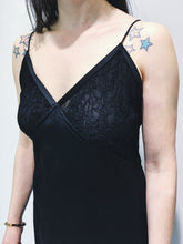 Laden Sie das Bild in den Galerie-Viewer, Bottega Veneta Kleid Black