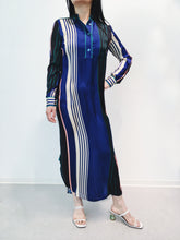 Laden Sie das Bild in den Galerie-Viewer, Kleid blue