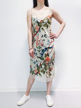 Laden Sie das Bild in den Galerie-Viewer, Kleid green