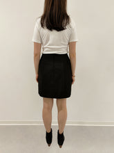 Laden Sie das Bild in den Galerie-Viewer, Skirt Ivet black