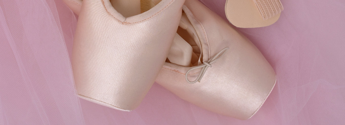 Pointe shoe covers: The Secret to clean pointe shoes