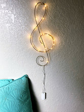 Load image into Gallery viewer, Treble Clef Light Sculpture