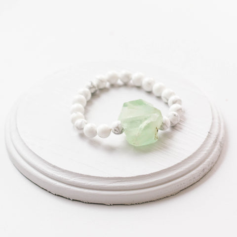 The Green Nugget Stretch Bracelet