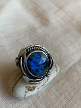 Load image into Gallery viewer, blue labradorite ring