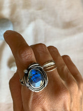 Load image into Gallery viewer, labradorite ring