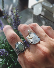 Load image into Gallery viewer, nature themed jewelry Vancouver