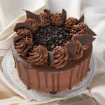 Load image into Gallery viewer, Chocolate Lovers Only Drip Cake