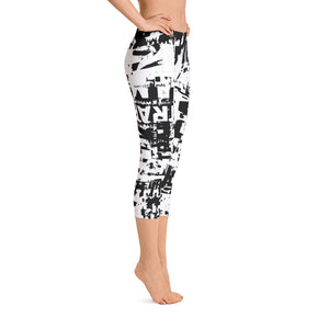 Traffic Jam Grunge Capri Leggings