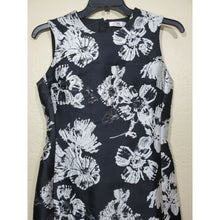 Load image into Gallery viewer, Natori women's black/ white structured sleeveless dress size 4