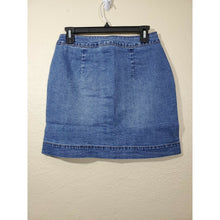Load image into Gallery viewer, Maison Jules women's medium wash denim mini skirt size 2