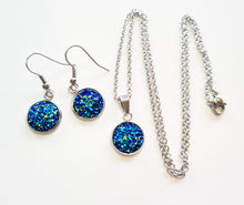 Load image into Gallery viewer, Crystal Necklace and Earrings Set