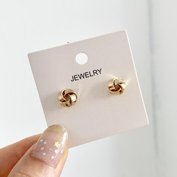 S925 silver needle Korea temperament simple wild winding niche design sense small earrings female personality earrings 800