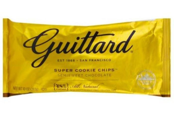 Guittard Baking Chips, Semisweet Chocolate, Super Cookie Chips, 48% Cacao - 10 Ounces