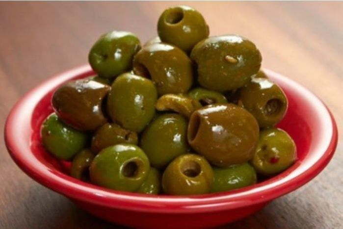 Mediterranean Pitted Mix Seasoned Olives - pint