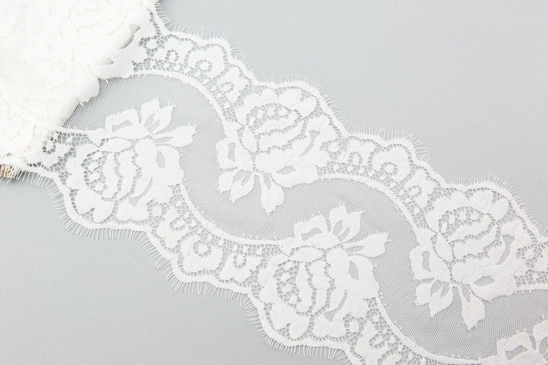 White Lace Trim 7 inches width 3 yard NLT00298