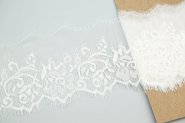 White Delicate Floral Lace Trim 4-1/8 inches width 2.75 yards NLT00276