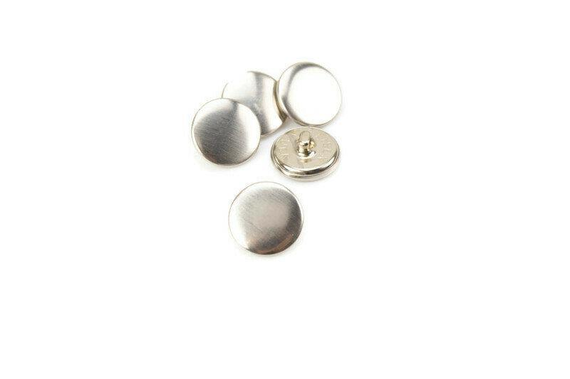 18mm Silver Flat Buttons 5 Pieces BUT00066