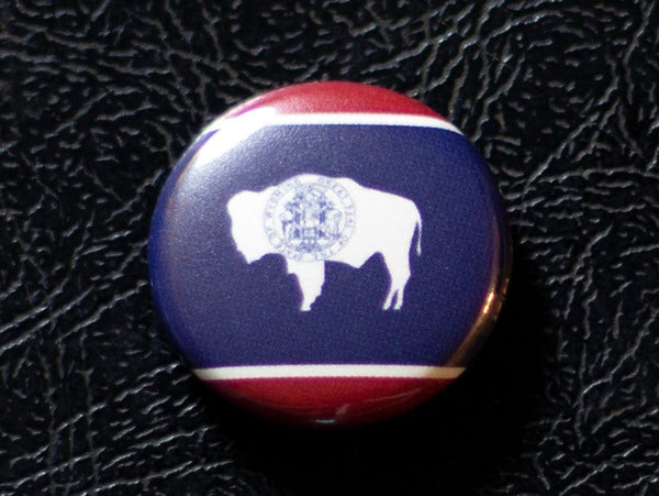 1inch Wyoming Flag Button