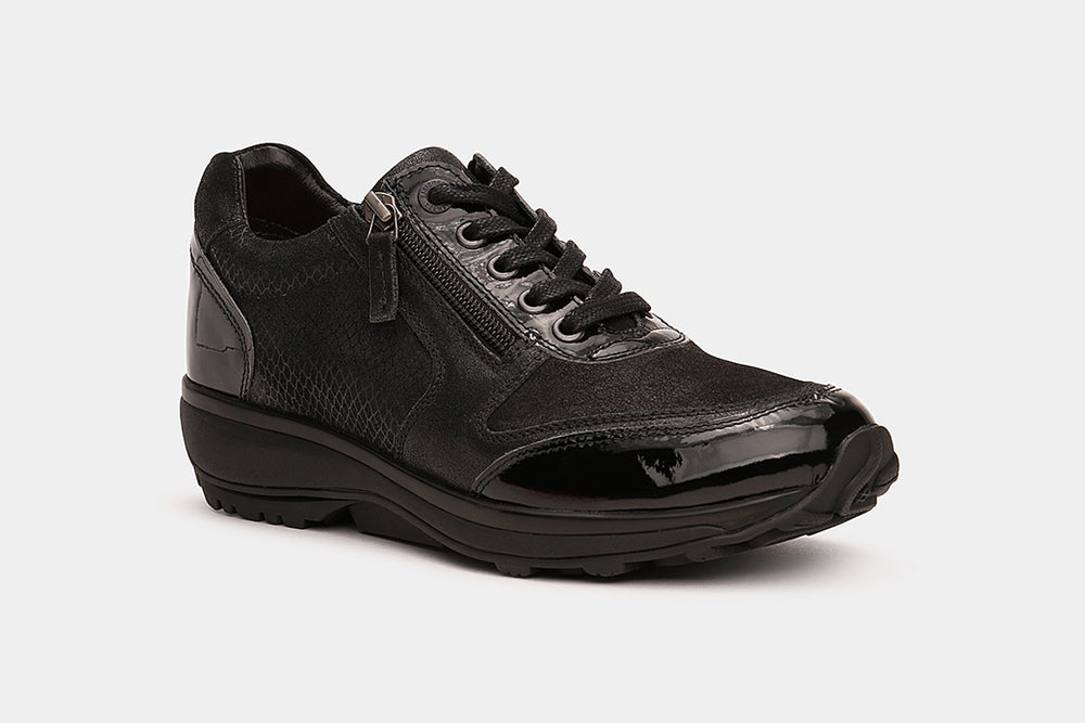 Laden Sie das Bild in den Galerie-Viewer, Stretchwalker Wembley Black Patent