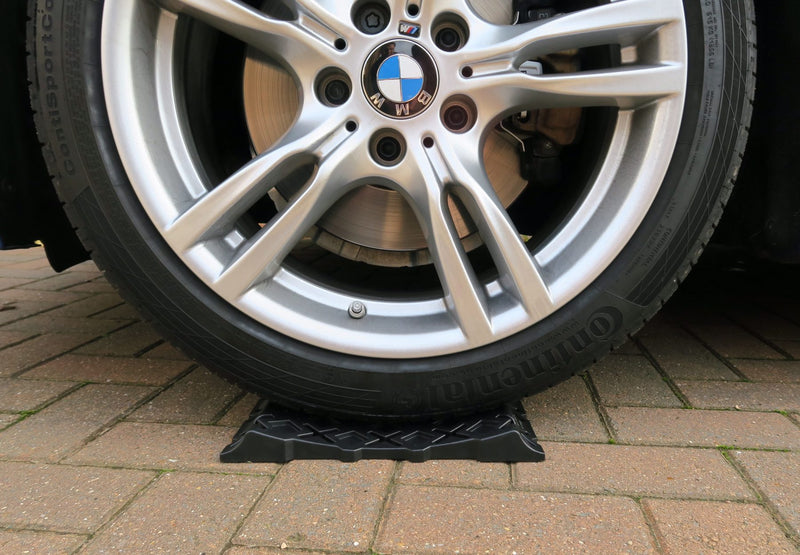 Milenco - Stacka Tyre Savers - MIL4701 | RV Online | Shop Camping & Caravanning Gear Online