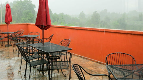 Outdoor Dining Chairs In Rain
