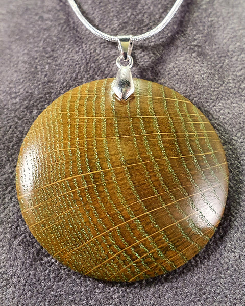 Pendant necklace (oak) - Woodsmithery - WoodsmitheryShop