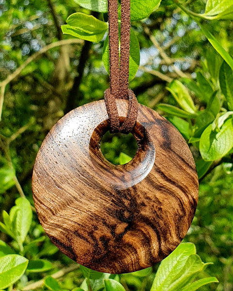 Pendant necklace (walnut) - Woodsmithery - WoodsmitheryShop