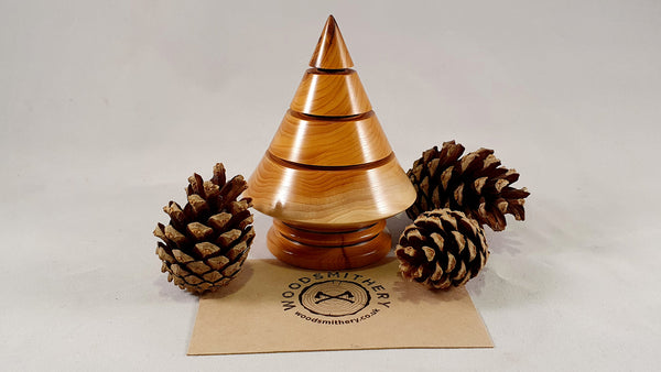 Christmas tree (yew) - Woodsmithery - WoodsmitheryShop